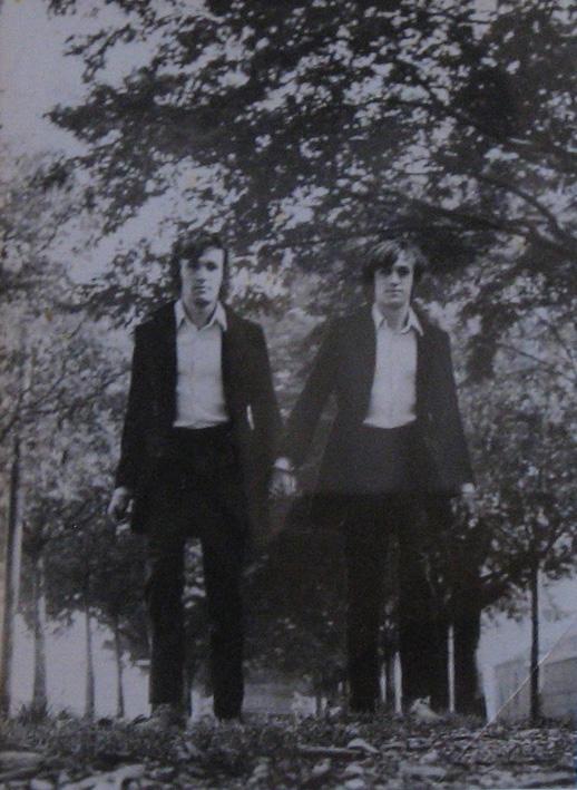 Alighiero Boetti, Gemelli, 1968, Fotomontage, Private Collection (Foto: Archivio Alighiero Boetti, Roma)