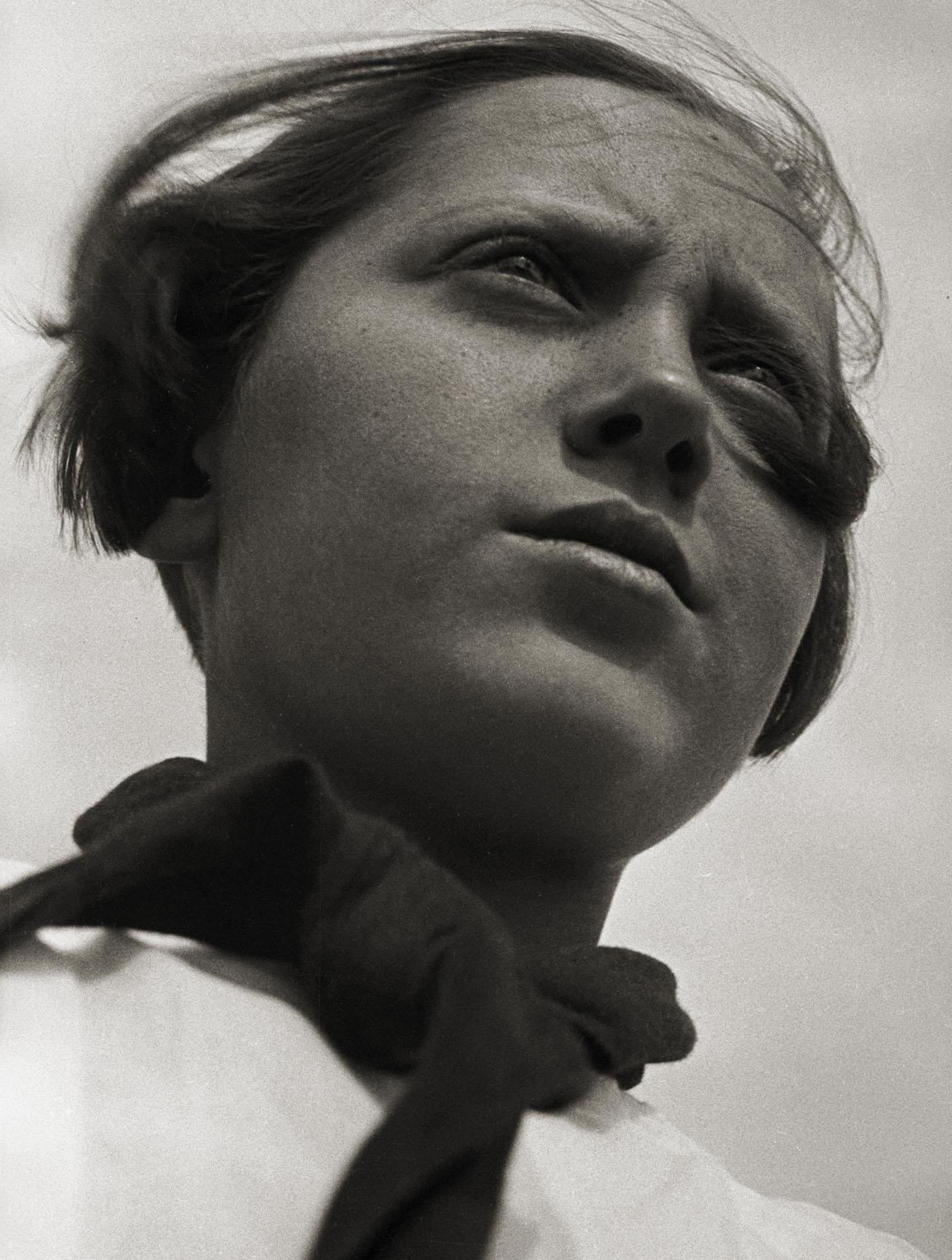 Aleksandr Rodčenko, Ragazza pioniera, 1930