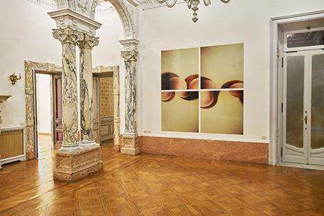 """""""Hanna Villiger. Skulptural (1994), Quattro C-prints di Polaroids su alluminio Works/Sculptural"""", installation view at Istituto Svizzero, Roma. Photo: ©OKNO studio"""