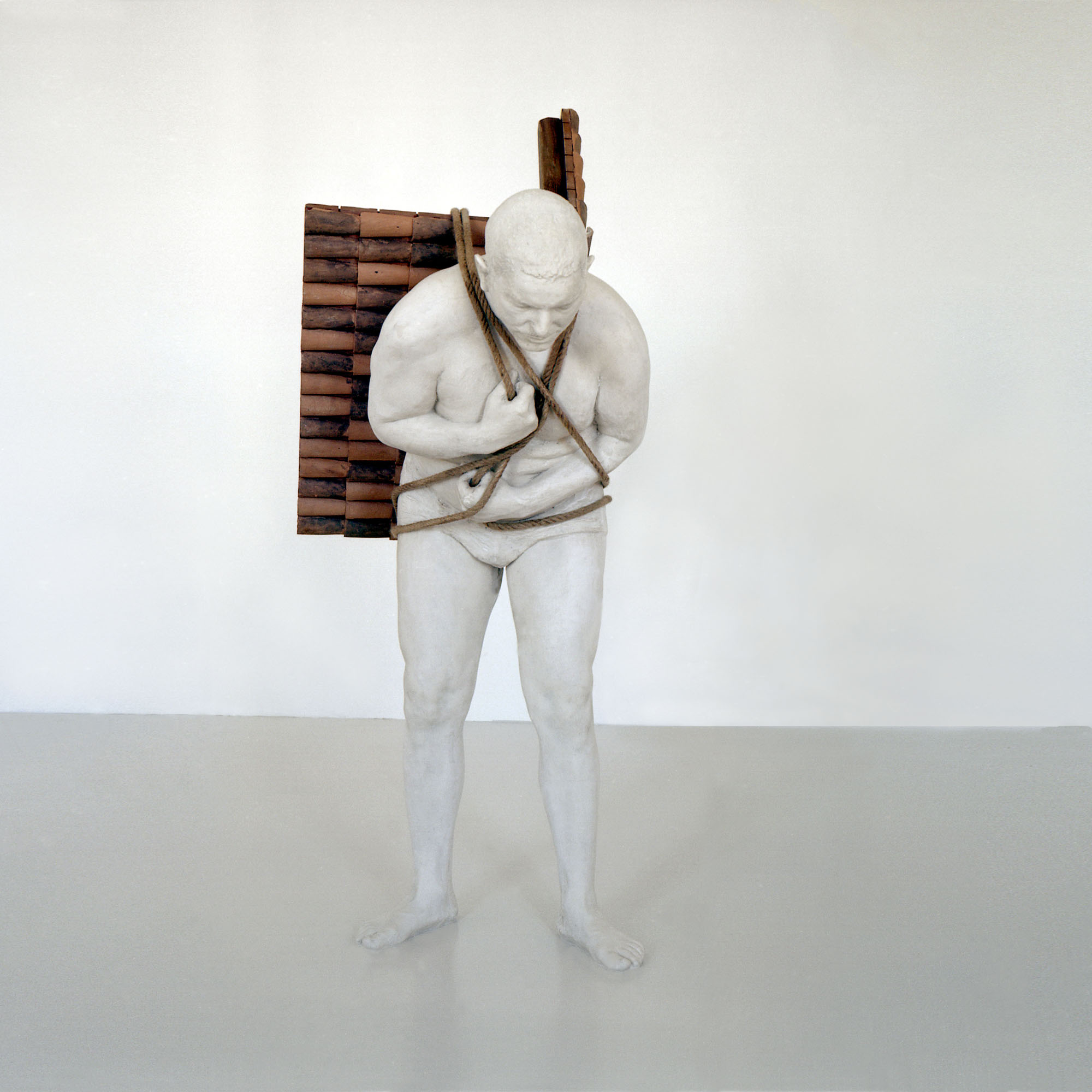 Adrian Paci, Home to go, 2001
