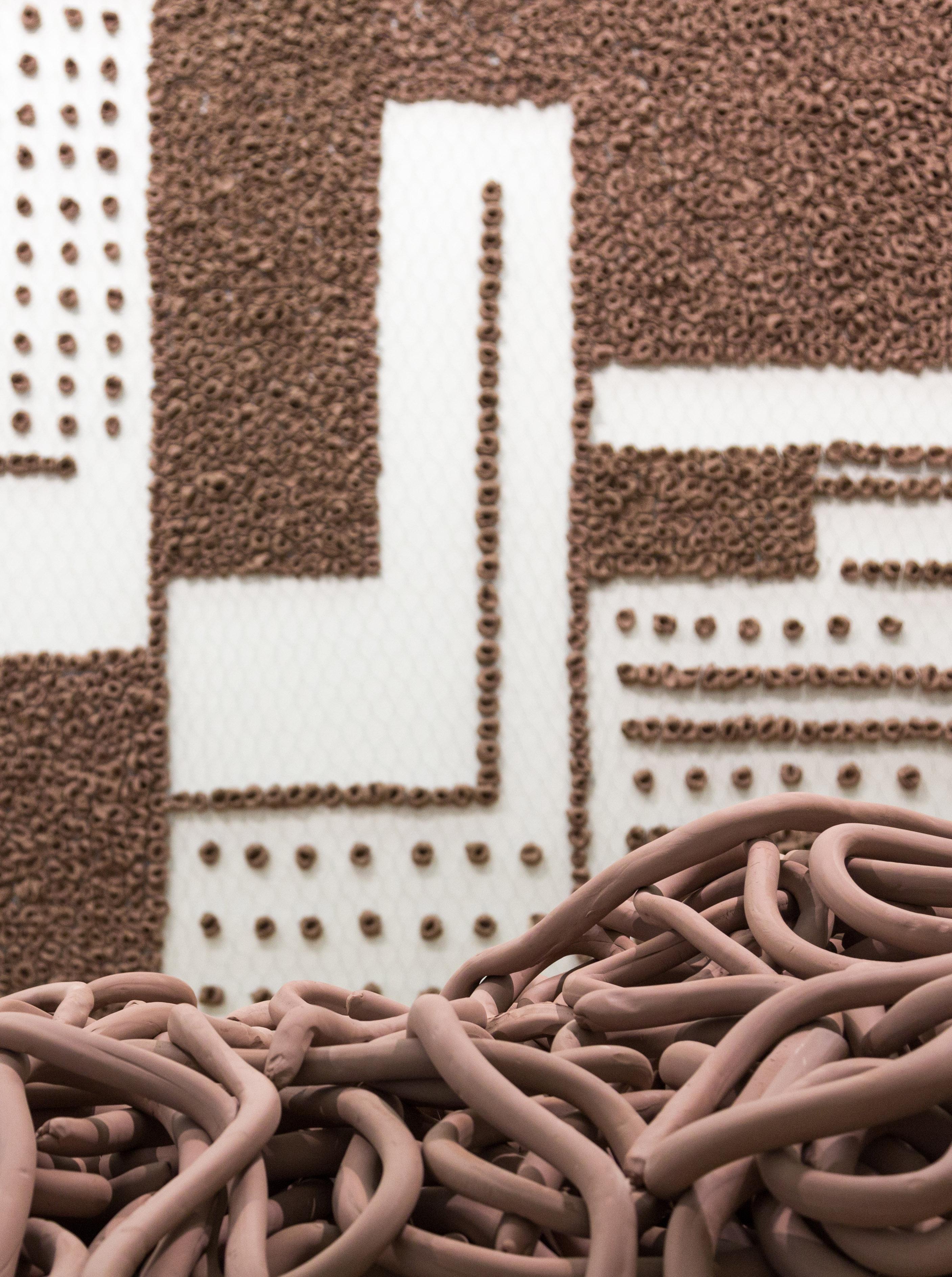 Anna Maria Maiolino, vista dell'installazione al PAC Milano, <Finora>, dalla serie Terra Modellata, 2019, Installazione site-specific, Courtesy dell'artista. Foto: Nico Covre, Vulcano