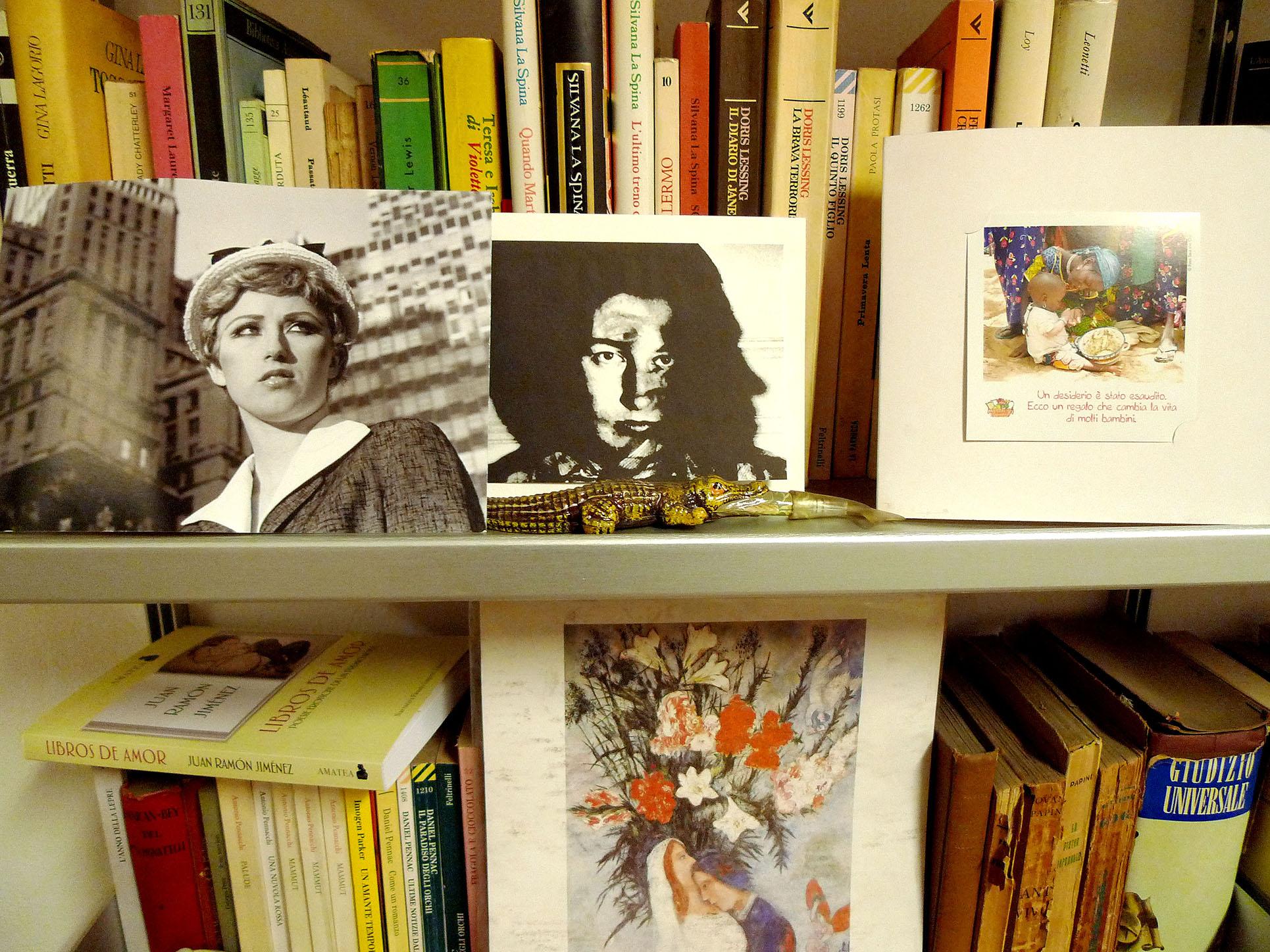 Bookshell at Augusto's, Milan (Photo: Barbara Fässler)