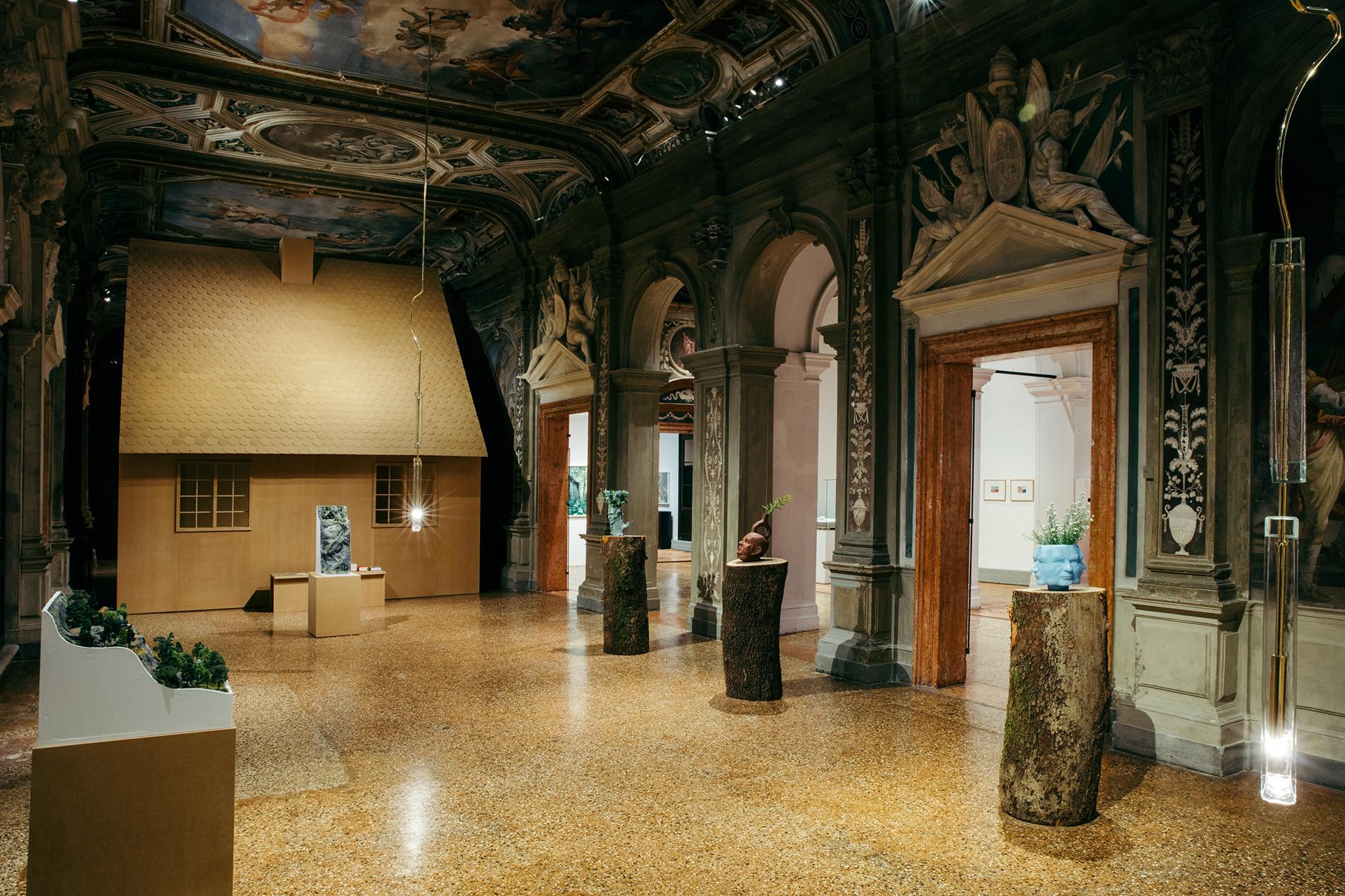"""Exhibition view of """"Machines à penser"""", Fondazione Prada, Venice, Foto Mattia Balsamini, Courtesy Fondazione Prada"""