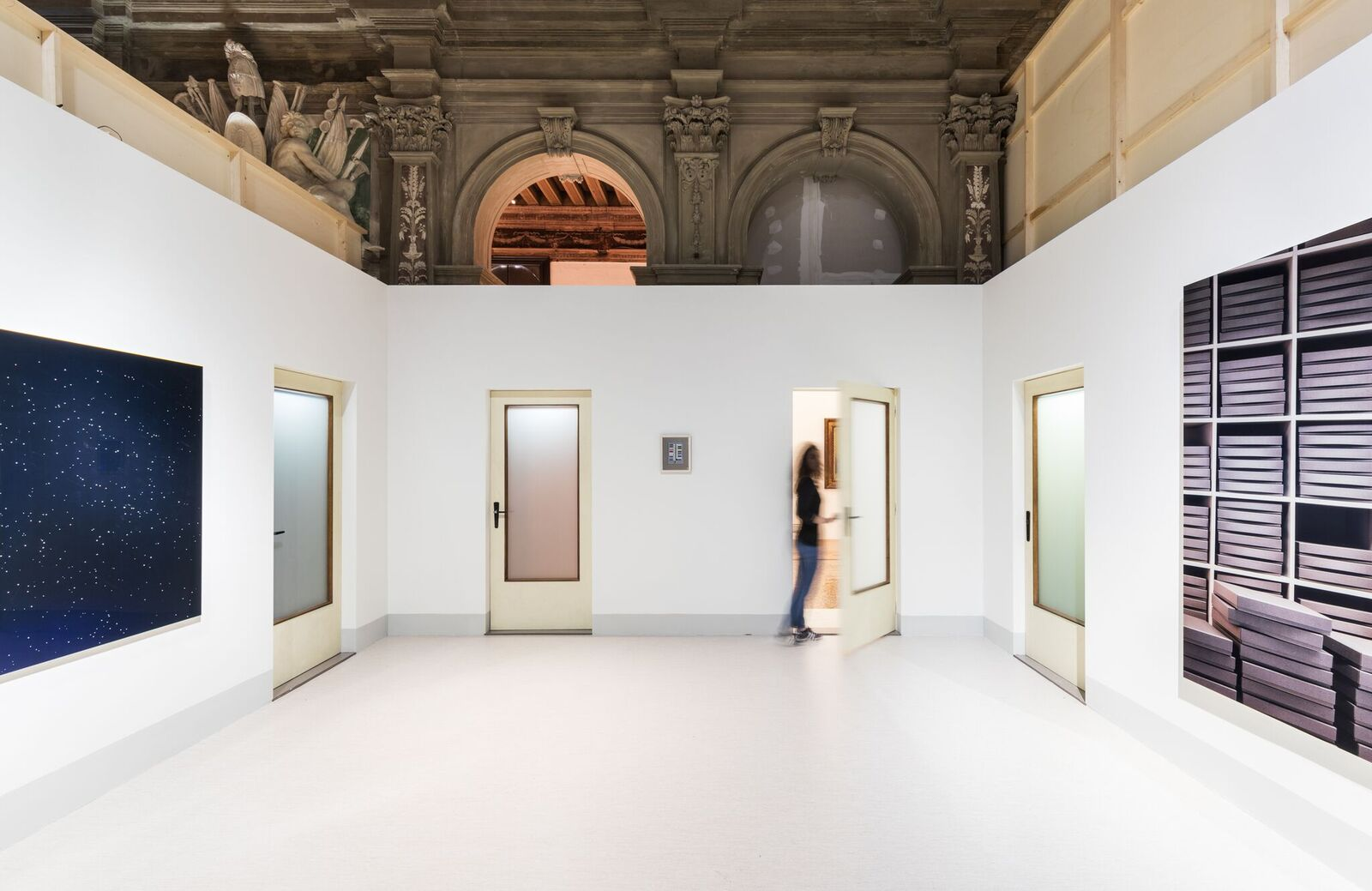 Exhibition View, from left to right: Thomas Demand, Konstellation (Constellation), 2000, Anna Viebrock, Doors, 2017, Thomas Demand, Archiv (Archive), 1995, (Foto Delfino Sisto Legnani und Marco Cappelletti Courtesy Fondazione Prada)