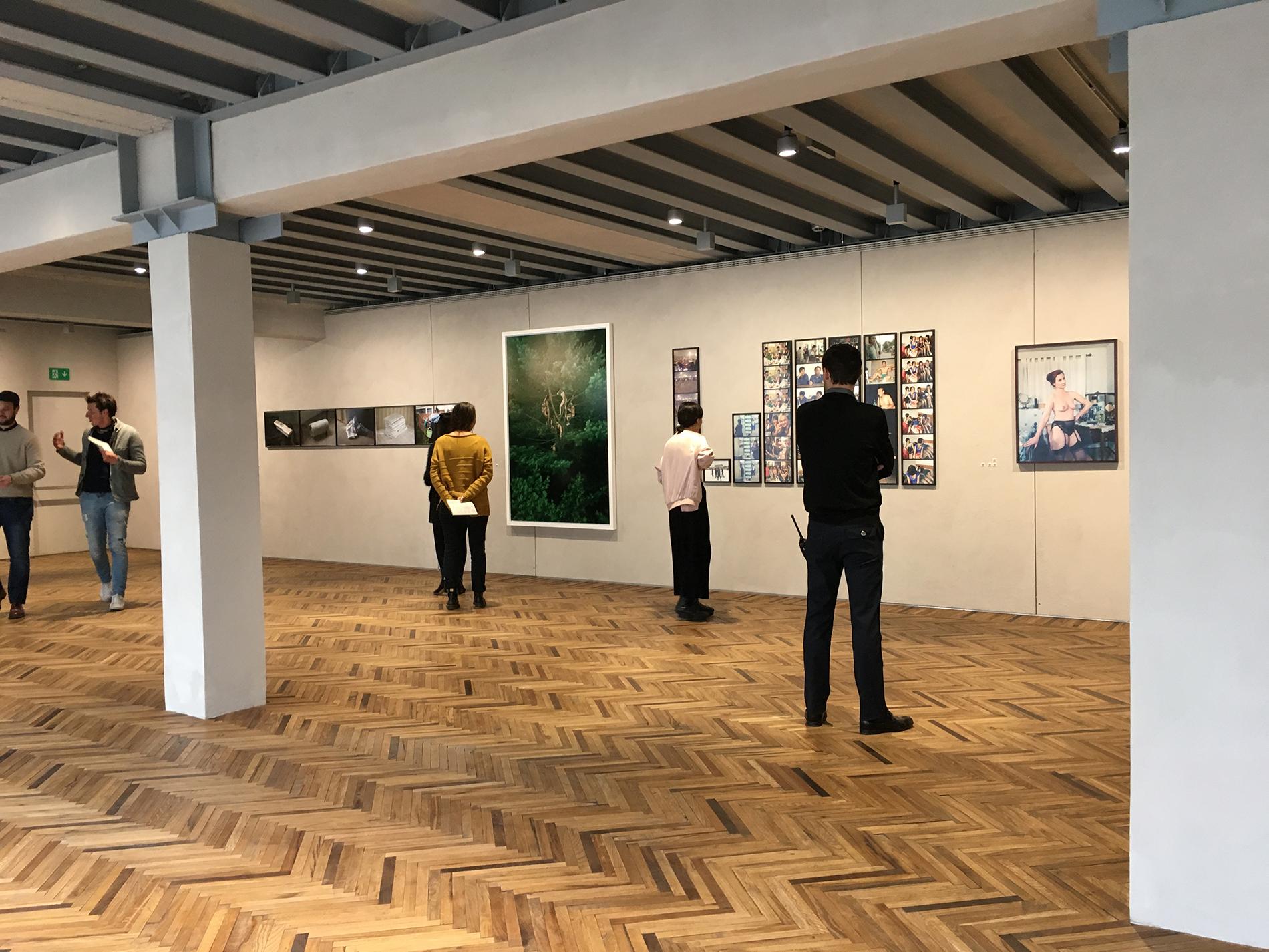 Fondazione Prada Osservatorio, exhibition view (Foto: Barbara Fässler)
