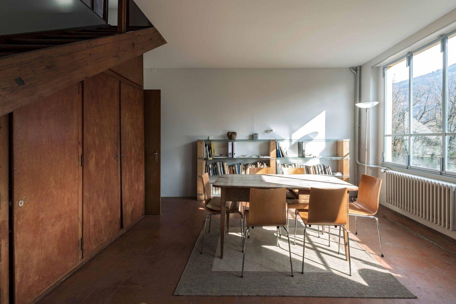 """Wohnzimmer """"Casa Sciaredo"""" in Barbengo, Lugano (Foto Claudio Bader)"""